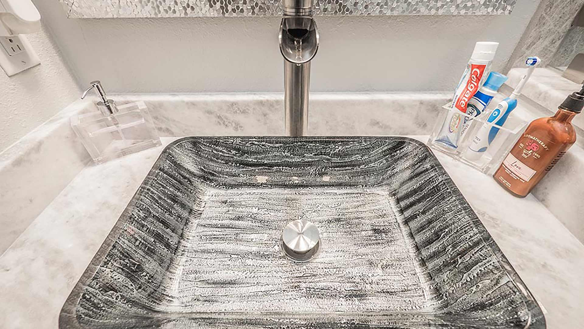 Choosing the Right Sink for Your Bathroom Remodel
