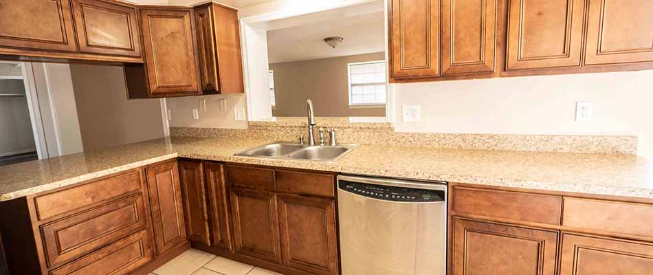 Home kitchen cabinets installation in Lakeland, FL.